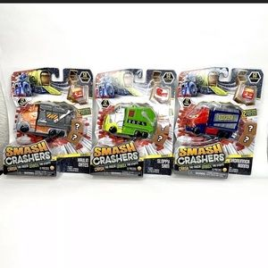New Smash Crashers Lot of 3 Trucks Mystery Crates